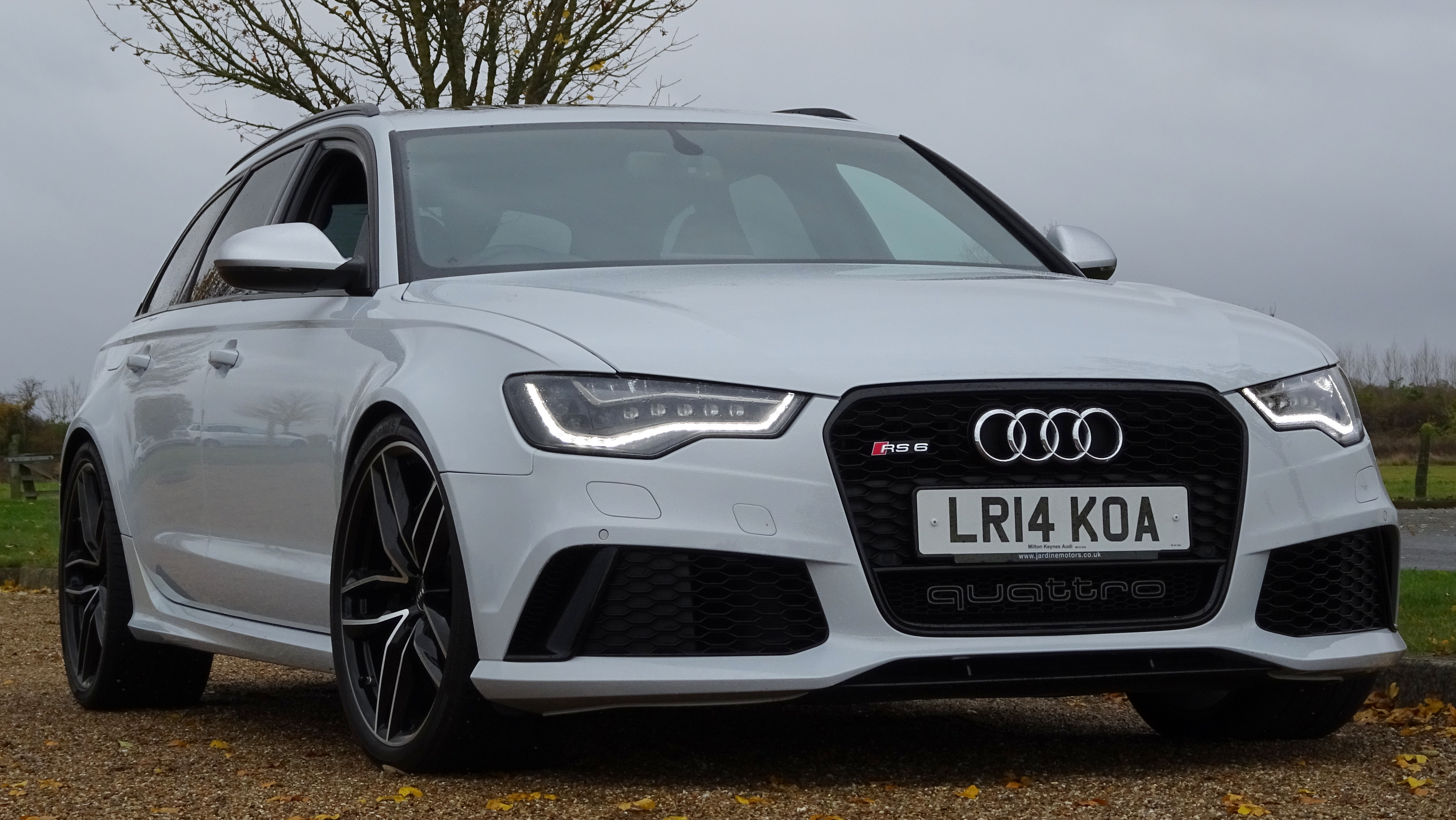 2014 Audi RS6 Video Walk Around