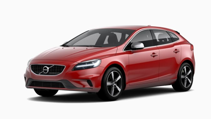 New Volvo V40 T2 R-Design Edition Model Year 2019 PCH Offer