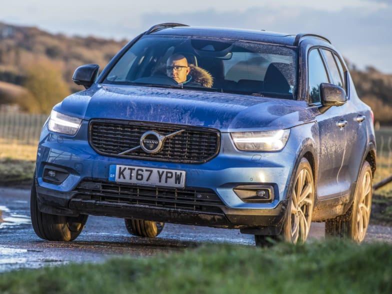 New Volvo Xc40 Suv Prices Specs Technical Information
