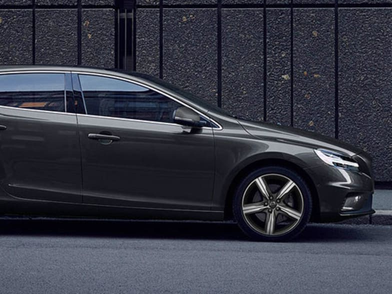 New Volvo R-Design Cars   Volvo Cars London