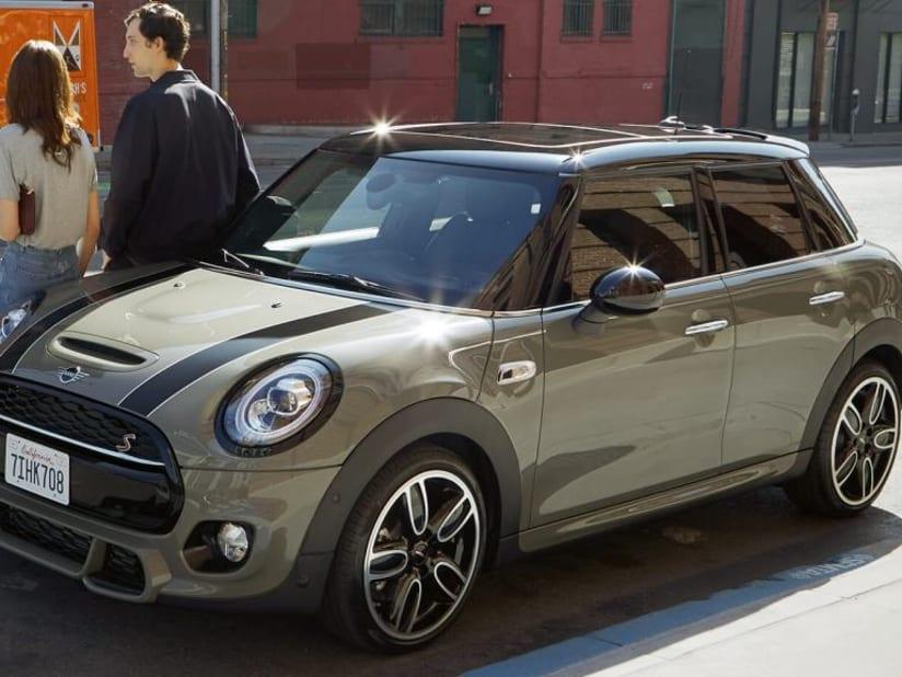 5 Door Car >> The New Mini 5 Door Hatch New Cars Sytner Mini