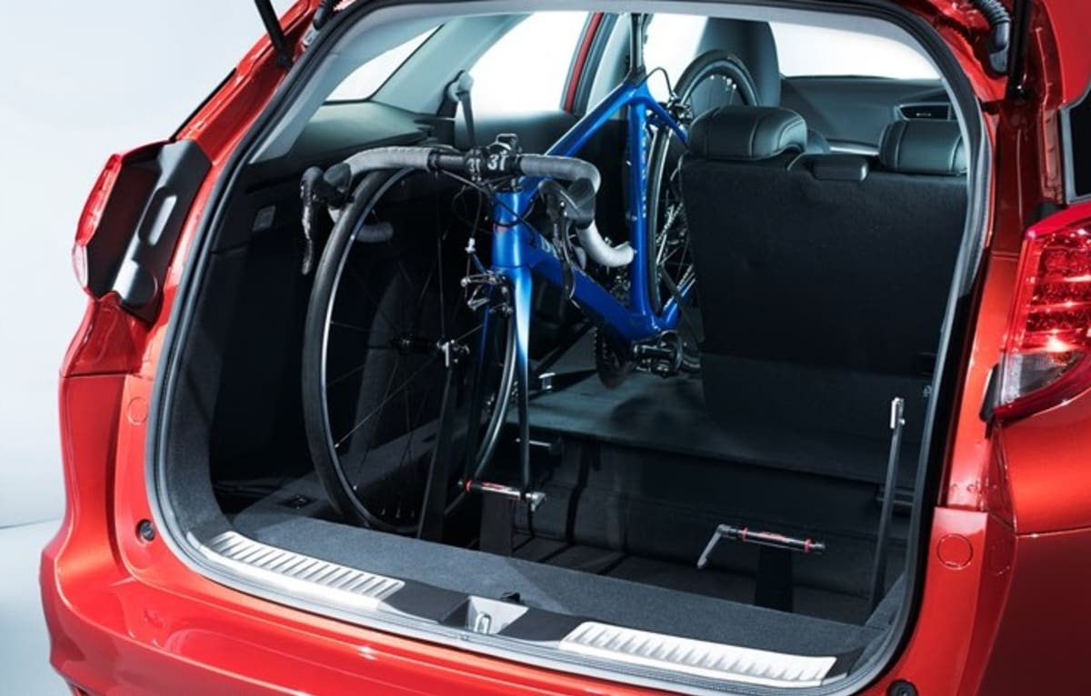 honda civic tourer   car bike rack jardine motors