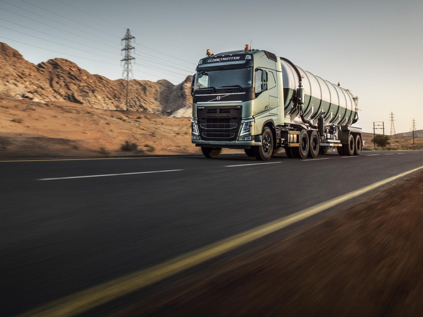 Kekurangan Truk Volvo Perbandingan Harga