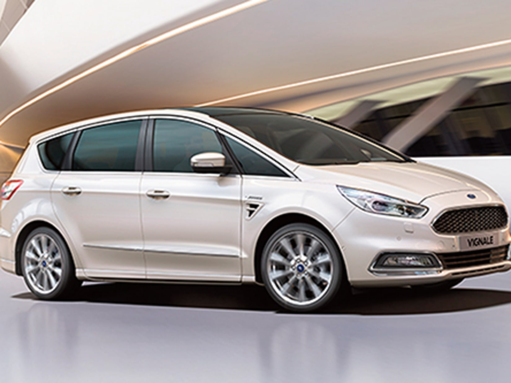 S Max Vignale >> New Ford S Max Vignale Offer Bridgend Ford