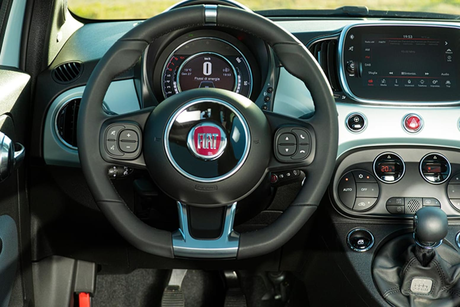 Fiat 500 Hybrid Interior Steering Wheel