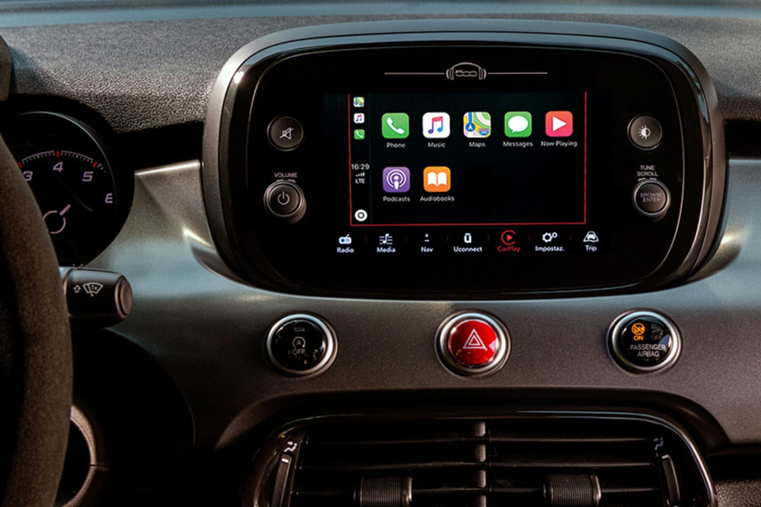 Fiat 500X Sport Apple CarPlay