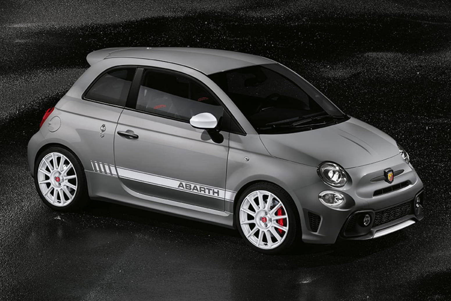 Abarth 595 Esseesse Side Exterior