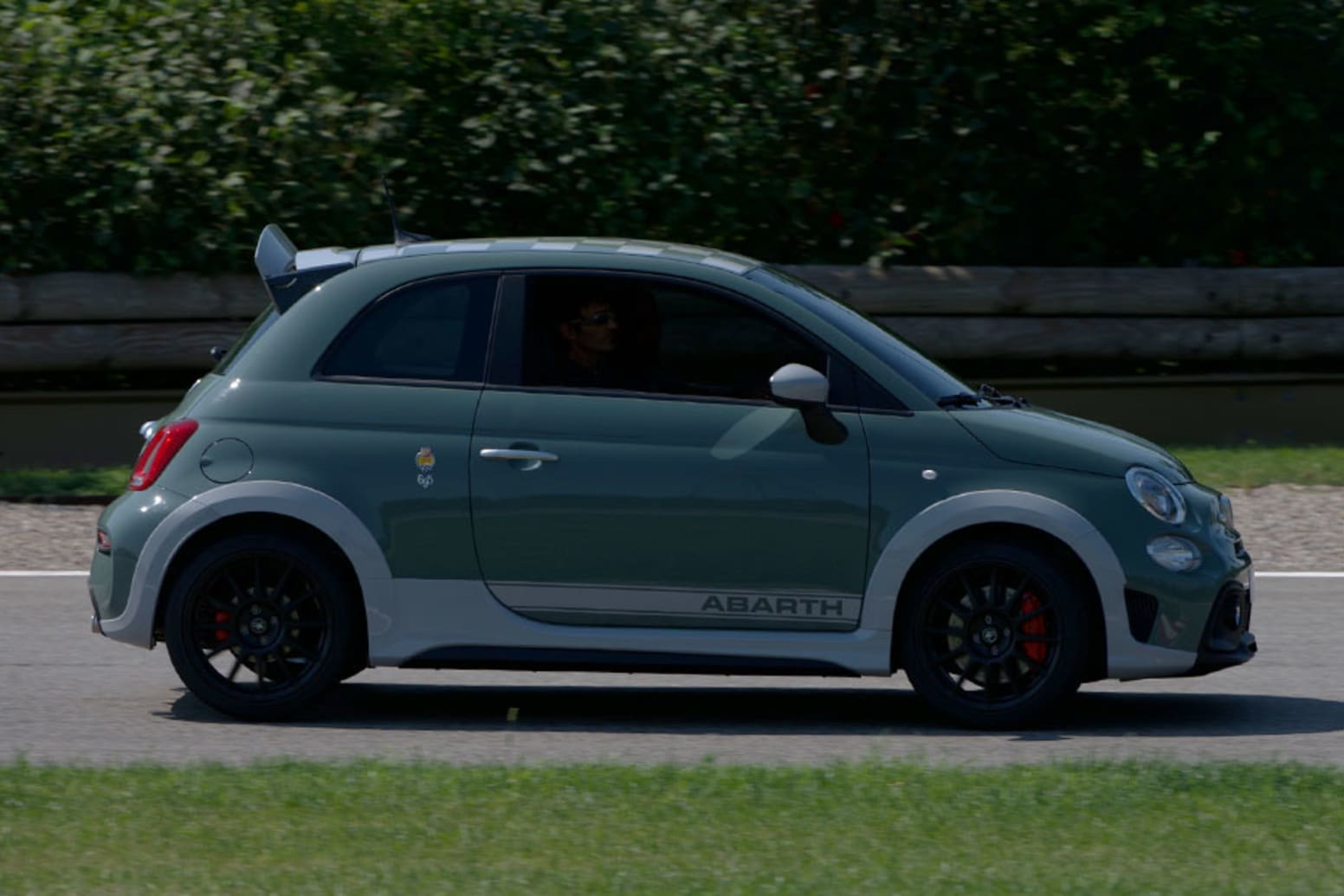 Abarth 695 Side Exterior