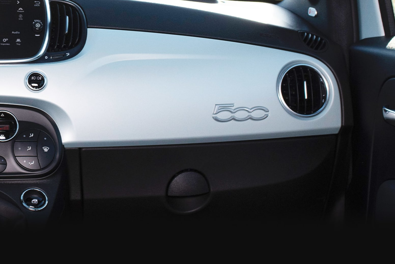 Fiat 500 Hybrid Dashboard