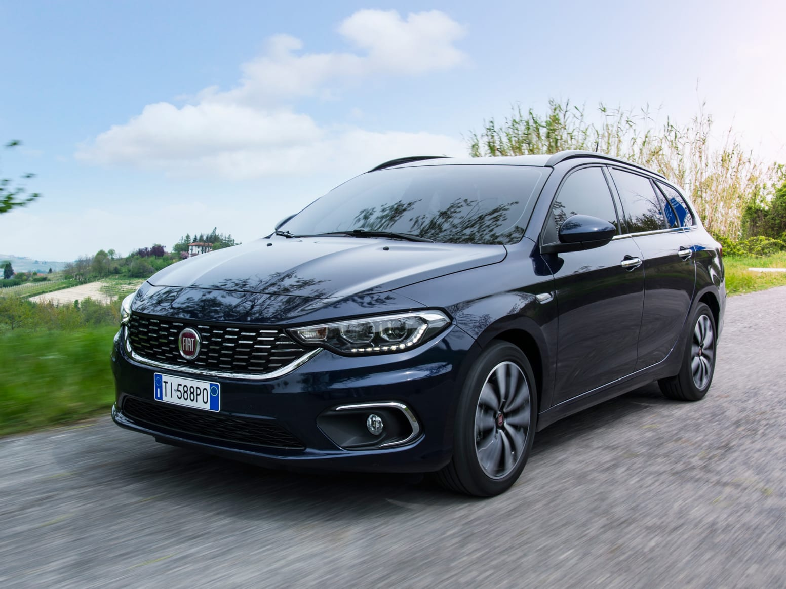 Fiat Tipo Station Wagon Front Exterior