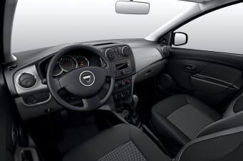 https://images.netdirector.co.uk/gforces-auto/image/upload/w_341,h_227,q_auto,c_fill,f_auto,fl_lossy/auto-client/5d2409fc92bc2735fb6c7a1e419fae52/sandero_2013_interior_04.jpg