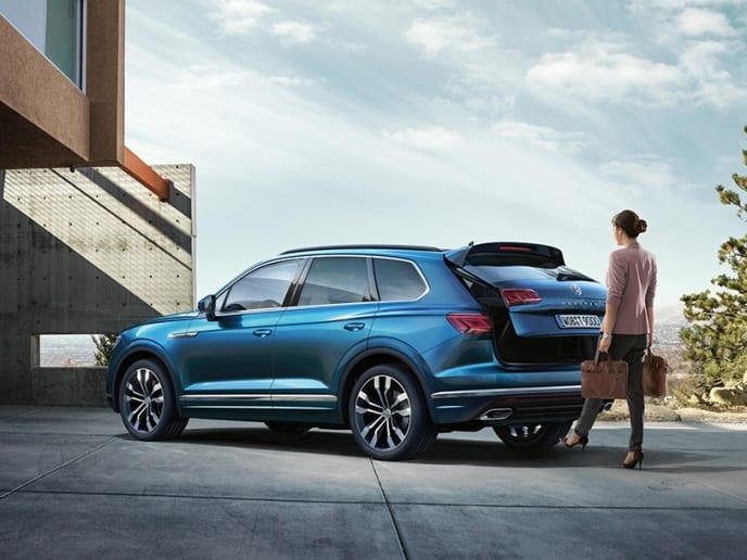 Volkswagen Dealership | Birmingham & West Midlands | Johnsons Volkswagen