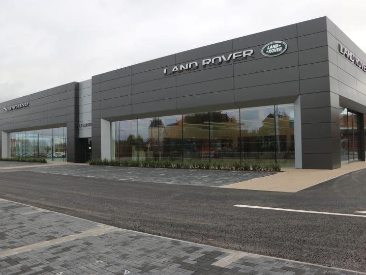 Lancaster Land Rover >> Land Rover Dealership In West Midlands Official Dealers