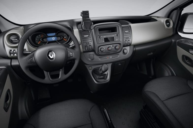 NEARLY NEW 2019 RENAULT TRAFIC FROM £18,250 + VAT + RFL