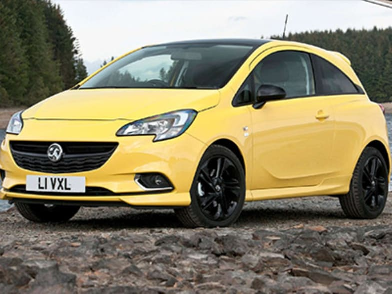 VAUXHALL CORSA CONNECTS DRIVERS WITH EXTENSIVE INFOTAINMENT