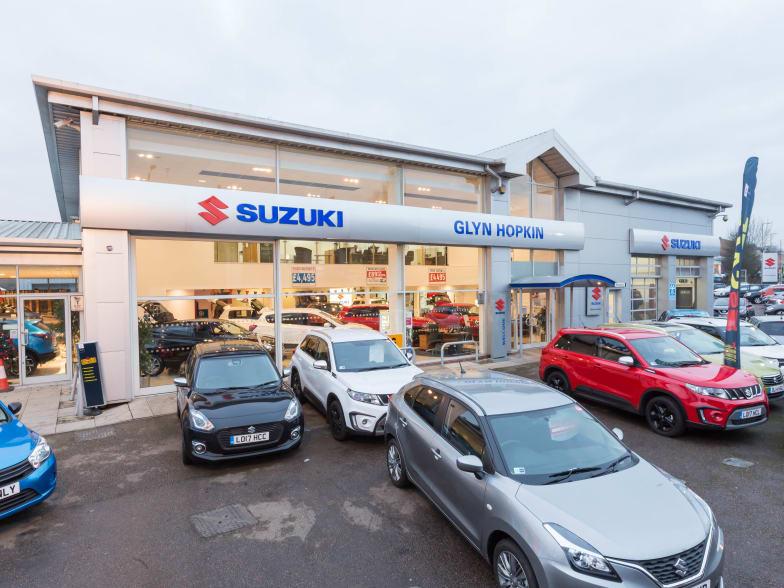 Suzuki Car Dealership >> New Used Suzuki Dealer In Watford Glyn Hopkin Suzuki