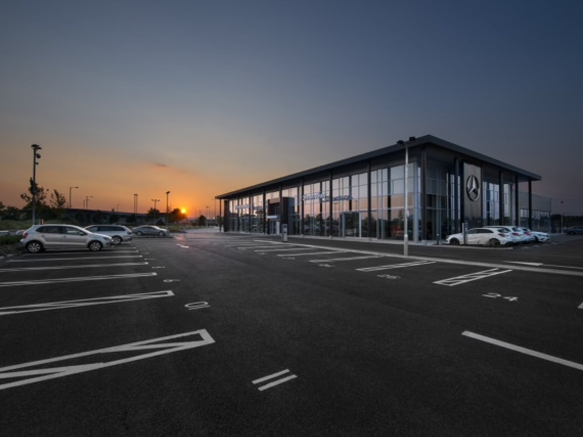 Lookers To Acquire Mercedes Benz Franchise Drayton Group As Part Of Ongoing  Expansion