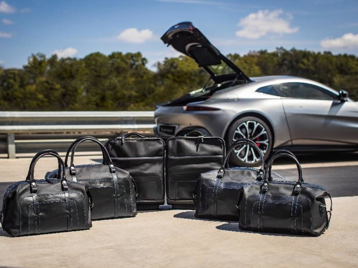 Accessories Cambridge Sevenoaks Lancaster Aston Martin - Aston martin accessories
