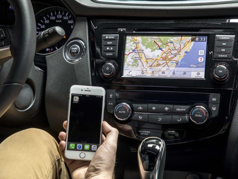 Essential Phone Android Auto Subaru