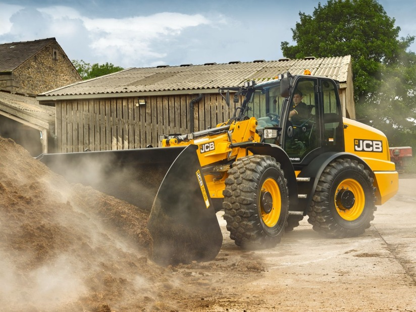 JCB New TM420 is making its UK debut at Lamma Show 2018 | Oliver