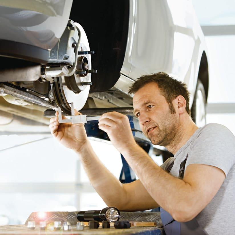 Fahrzeuginstandhaltung Und Reparaturen Kaiserslautern Auto Hubner