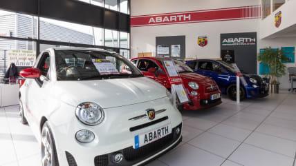 Contact Abarth Dealers Milton Keynes | Glyn Hopkin Abarth