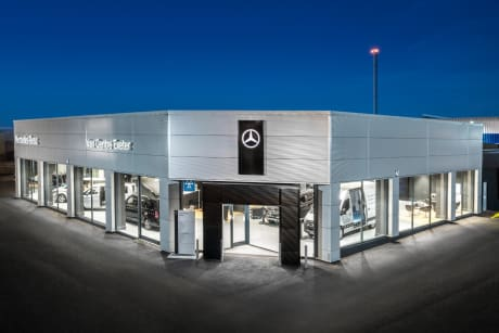 b66671d669 ... both our company and the manufacturer in such a prestigious manner and  to have met the high standards expected of a Mercedes-Benz Vans dealer.