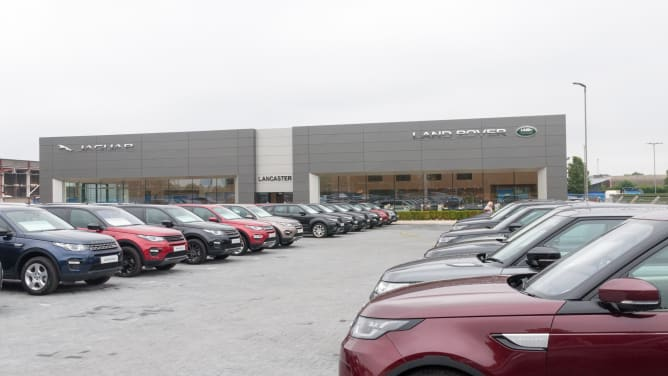 Land Rover Dealership in Reading | Official Dealers