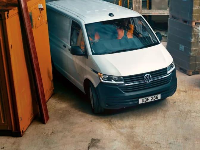 Panel Van Transporter 6.1