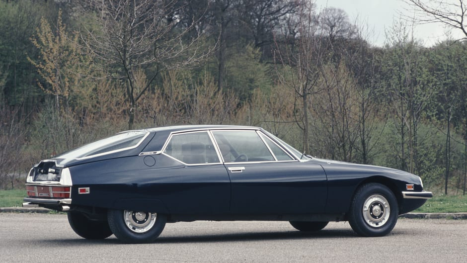 5 French Classic Cars : The Finest Gallic Automobiles | Lookers