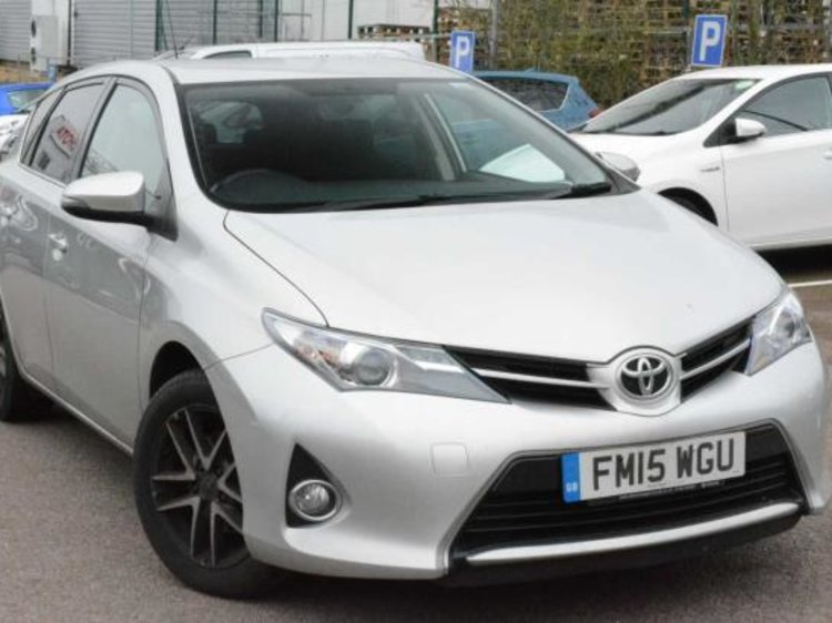 Used Toyota Auris Vvt I Excel Touring Sports For Sale Toyota Toyota