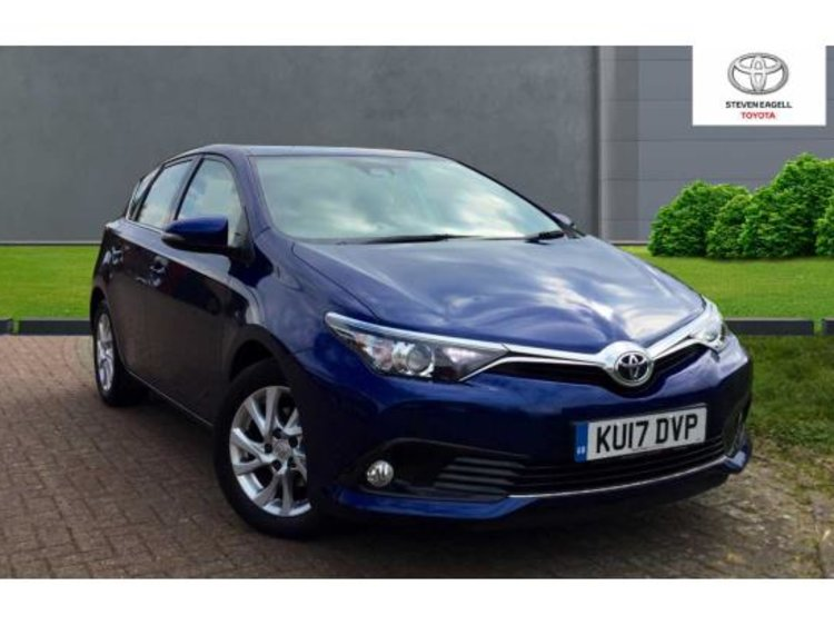 Used Toyota Auris Vvt I Business Edition For Sale Toyota Toyota Bedford