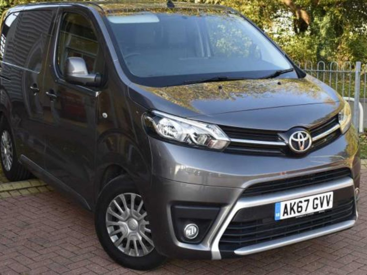 ca10b8f798 Used Approved Vans and Commercial Vehicles - Steven Eagell Toyota