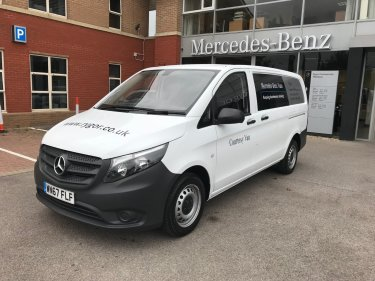 f2335ce73b Save. Mercedes-Benz Vito 111 Van Long. Diesel