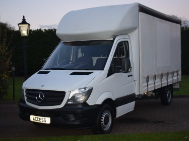 Mercedes Benz Sprinter 3.5t Curtain Sider 313 Cdi 130 Bhp 13ft6