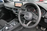 AUDI A4 Saloon S line 2.0 TDI 150 PS S tronic
