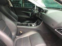 Jaguar XE 2.0升4缸柴油引擎(180馬力) Prestige