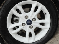 Ford Fiesta 5Dr Hatch 1.25i Zetec White Edition 82PS
