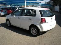 Volkswagen POLO VIVO 1.6 TRENDLINE 5Dr