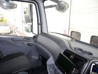 Mercedes-Benz Atego 1824 Curtainsider with Sleeper Cab