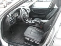 BMW SERIE 3 318dA 143ch