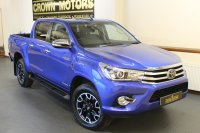 Toyota Hi-Lux INVINCIBLE X 4WD D-4D DCB