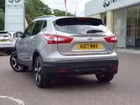 Nissan Qashqai 1.5 dCi N-Connecta [Glass Roof Pack] 5dr