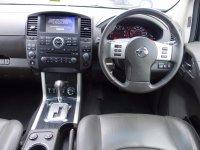 Nissan Pathfinder 2.5 dCi Tekna 5dr Auto