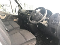 Vauxhall Movano F3500 L3H1 C/C CDTI Luton