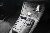 Lexus CT 1.8 Advance Plus