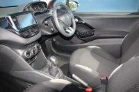 Peugeot 208 1.2 VTi 82 Style