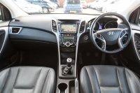 Hyundai i30 1.6 CRDi Premium (128 PS)