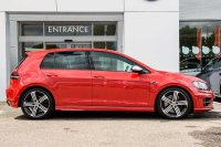 Volkswagen Golf 2.0 TSI R (300 PS) DSG 5-Dr