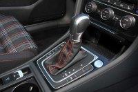 Volkswagen Golf Golf GTI Performance 2.0 TSI 230 PS 6-speed DSG 5 Door